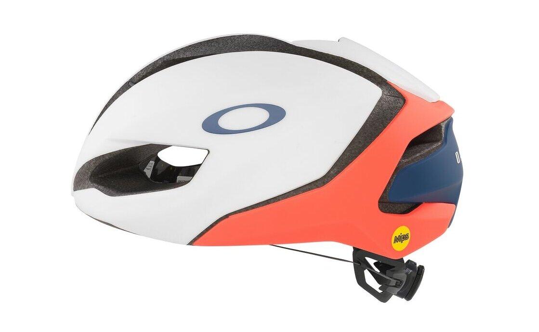 Oakley ARO5 - 2021