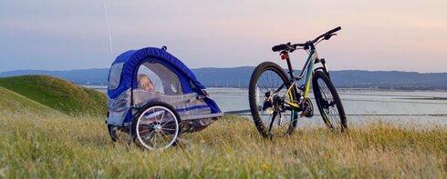 Fahrrad- und Kinderanhänger